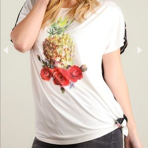 Tops - 🆕Adorable Pineapple Tee 🍍🍍